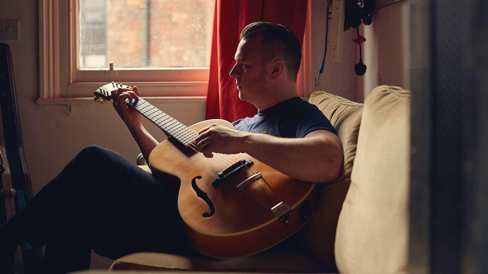 Singer-songwriter Ed Cosens
